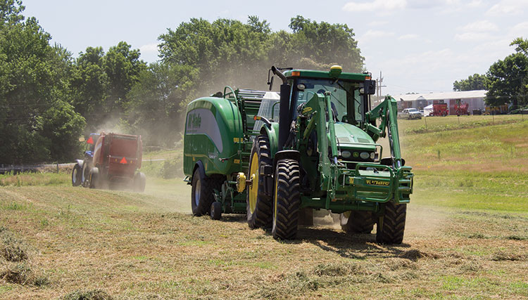 Round baler options have multiplied | Hay and Forage Magazine